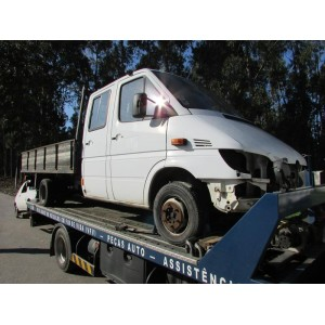 MERCEDES BENZ - SPRINTER